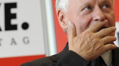 Vorwürfe an die Linkspartei: Linkspartei-Chef Oskar Lafontaine hat Probleme mit dem saarländischen Landesverband.