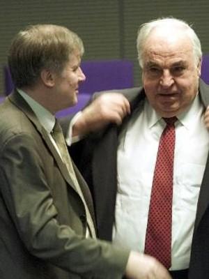Horst Seehofer und Helmut Kohl, AP