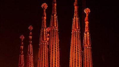 Architektur: 2026 Im hundertsten Todesjahr Antoni Gaudís soll das Werk vollendet und die Arbeit am Bau der Sagrada Família abgeschlossen sein.