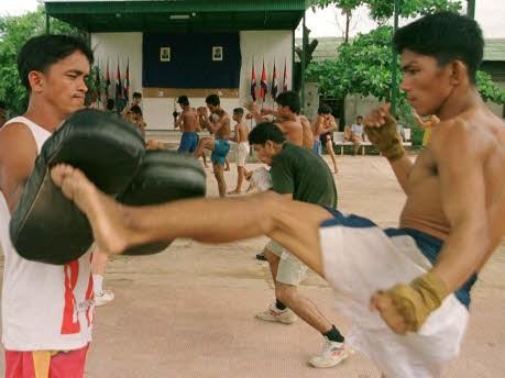 Mitten in ... Laos, Reuters