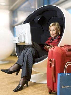 Übernachten auf dem Flughafen: Finavia Helsinki-Vantaa