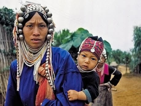 Asien Thailand Norden Karen, Thailändisches Fremdenverkehrsamt, dpa
