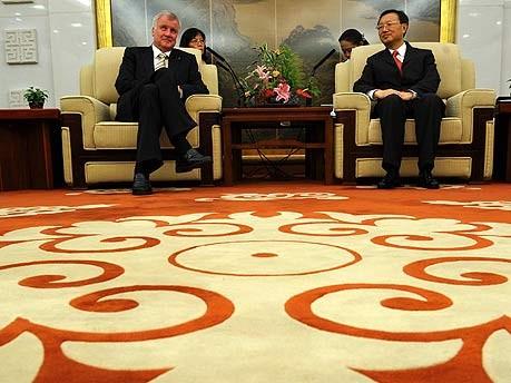 dpa, Seehofer, Peking, China