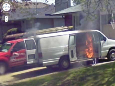 Google Street View brennender Wagen Toronto