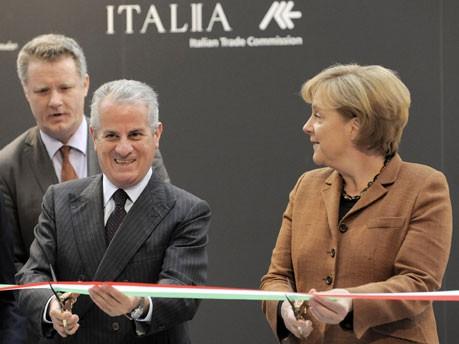 Hannover Messe, Claudio Scajola, Wirtschaftsminister Italien, Bundeskanzlerin Angela Merkel, Foto: AP