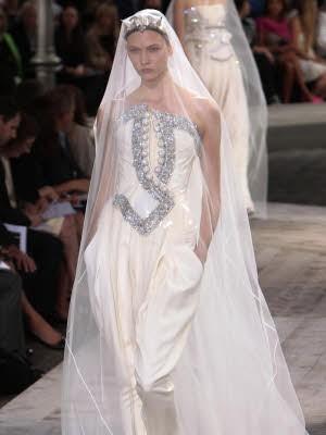 Givenchy; Paris; Haute Couture; Brautkleid; Hochzeit