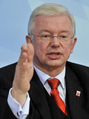 Roland Koch, dpa