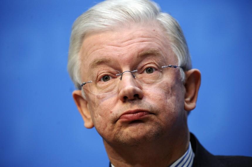 ZDF: Roland Koch legt Aemter nieder