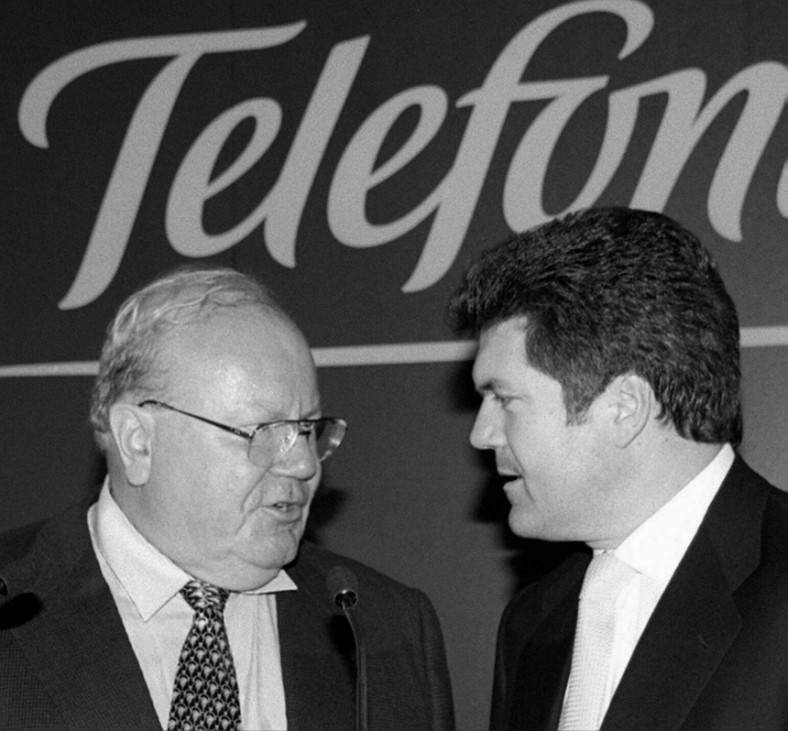 BANGEMANN MIT TELEFONICA-PRÄSIDENT VILLALONGA