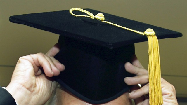 Ermittlungen wegen Verkaufs von Doktortiteln