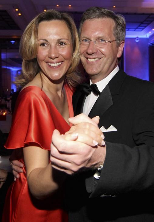 Bettina Wulff koennte Deutschlands neue 'First Lady' werden