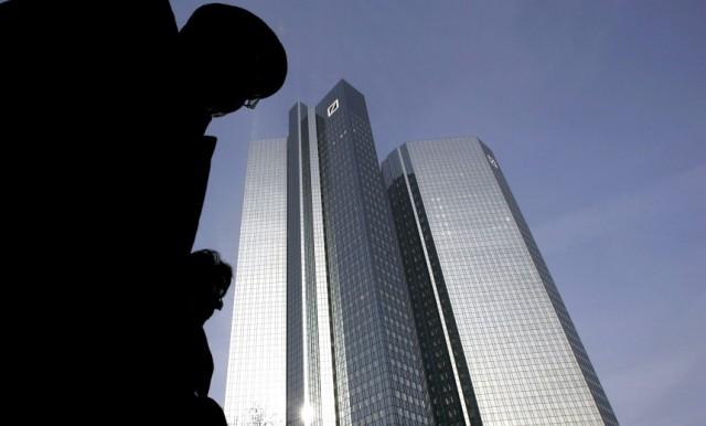 FILE: Deutsche Bank Posts Historic Loss