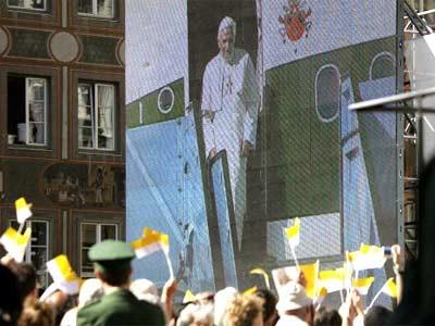 Papst am Marienplatz München