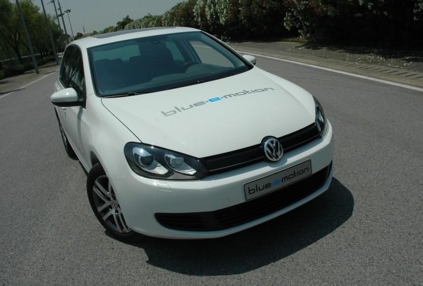 VW Golf Blue-E-Motion