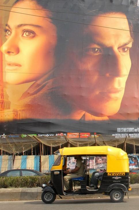 'My Name is Khan' - Großformatige Filmwerbung in Mumbai