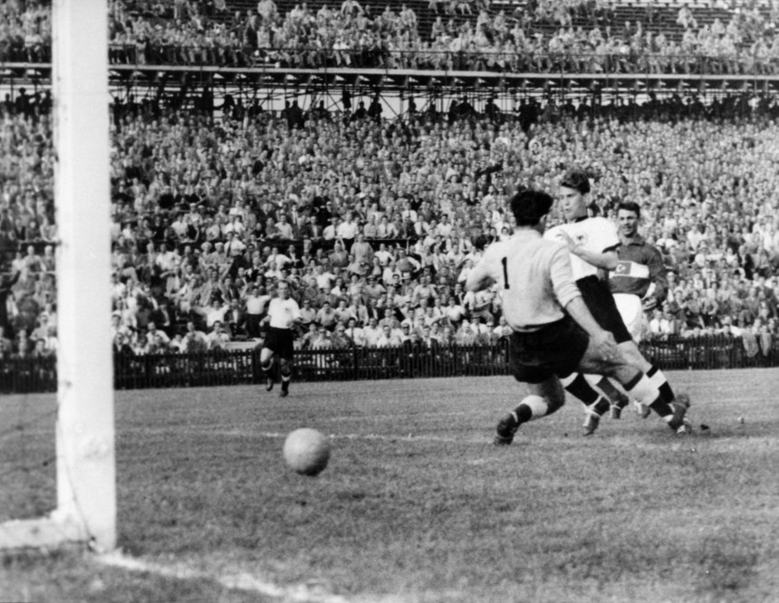 WM2010 - Auftaktsieg Deutschlands bei Fußball-WM '54