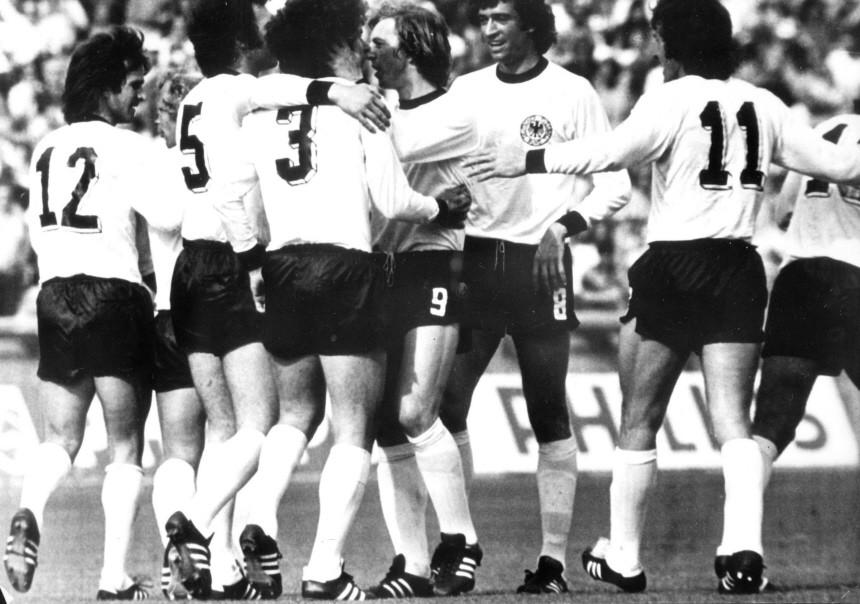 WM2010 - Auftaktsieg Deutschlands bei Fußball-WM '74