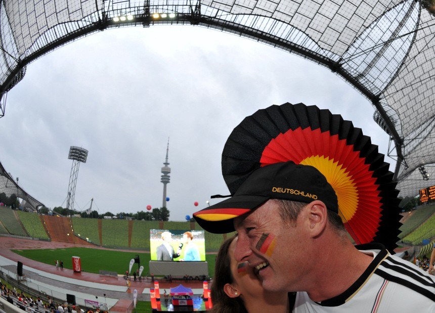 WM 2010 - Public Viewing im Oympiastadion München