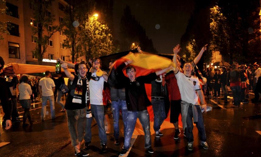 Fans feiern Sieg der deutschen Nationalmannschaft in München