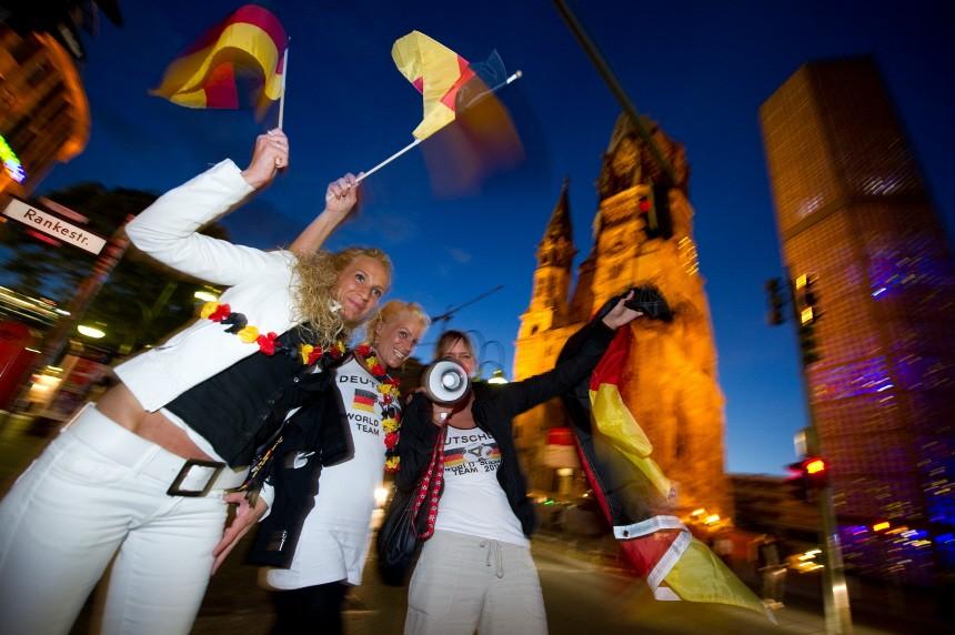 WM 2010 - Fans auf dem Ku'damm