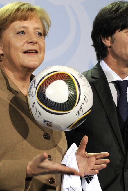 Angela Merkel, Joachim Löw, WM 2010