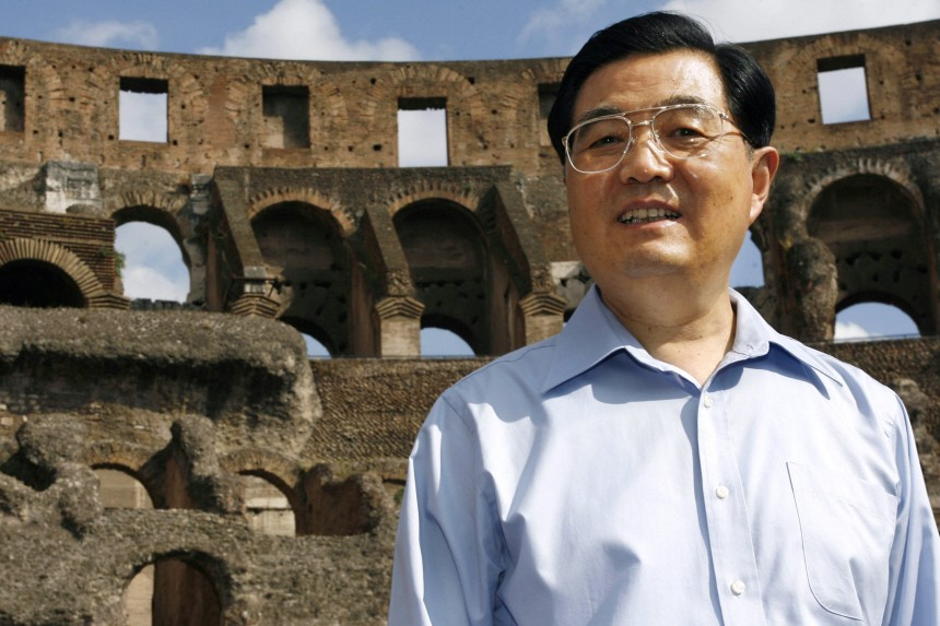 China's President Hu visits the ancient Colosseum in Rome