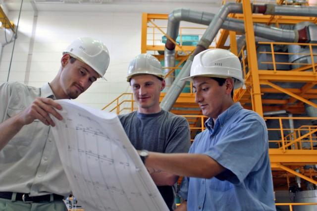 Vertriebsingenieure sind Spezialisten für Technik und Verkauf