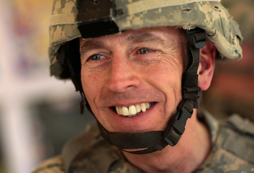 File: Gen. Petraeus To Replace Gen. McChrystal As Top Commander In Afghanistan