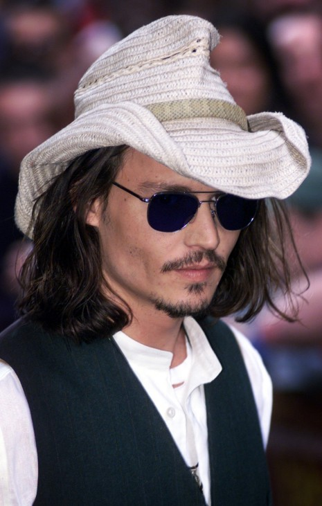 "U.S ACTOR JOHNNY DEPP ARRIVES FOR THE U.K. PREMIERE OF NEW FILM ""BLOW"" IN LONDON"