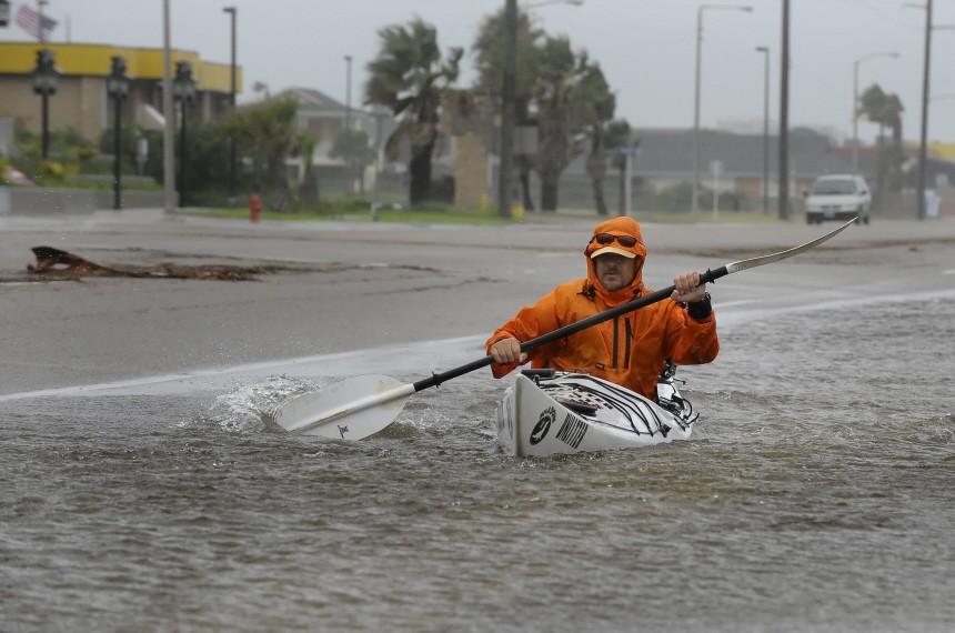Hurrikan 'Alex' erreicht Küste von Mexiko und Texas