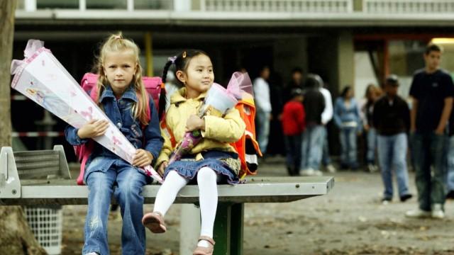 Kinderdienst: Weniger Erstklaessler in Deutschland
