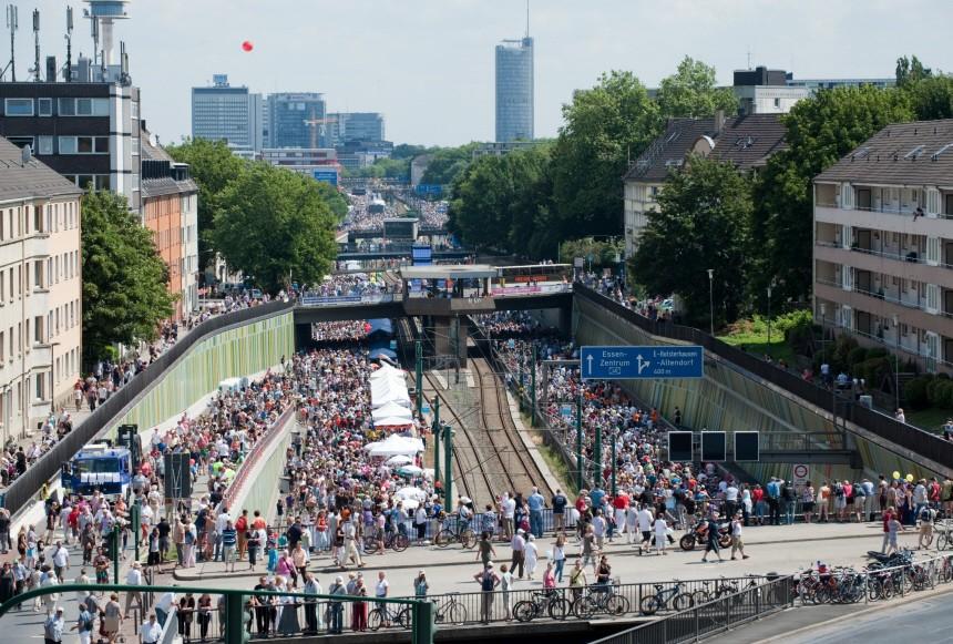 Kulturhauptstadt - 'Still-Leben Ruhrschnellweg'