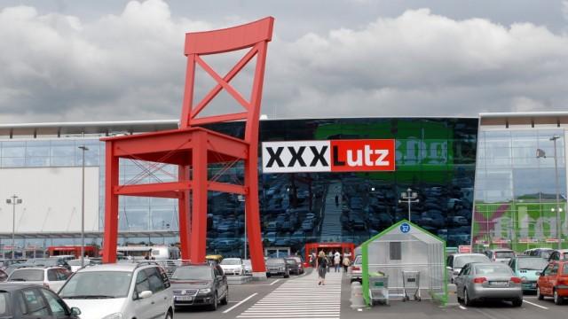 XXXLutz in Aschheim, 2009
