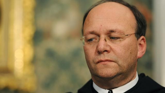 Pressekonferenz zum Rücktritt von Abt Barnabas Bögle