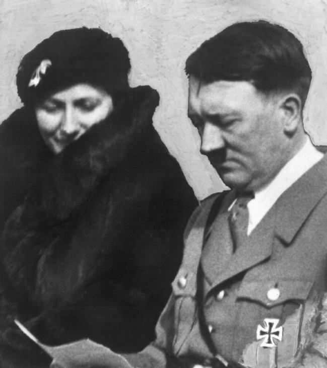 Winifred Wagner mit Adolf Hitler