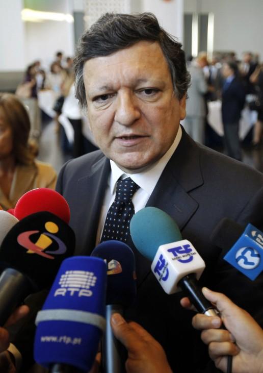 European Commission President Jose Manuel Barroso speaks to journalists after the COTEC Global Business Forum 2010 in Estoril