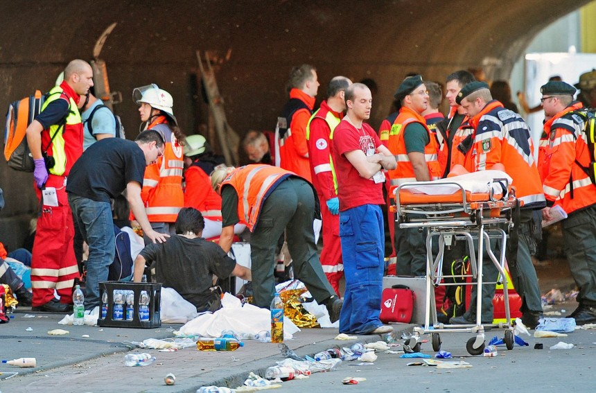 15 Tote bei Massenpanik auf Loveparade