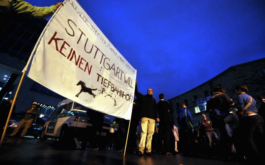 'Stuttgart 21'-Gegner besetzen Hauptbahnhof