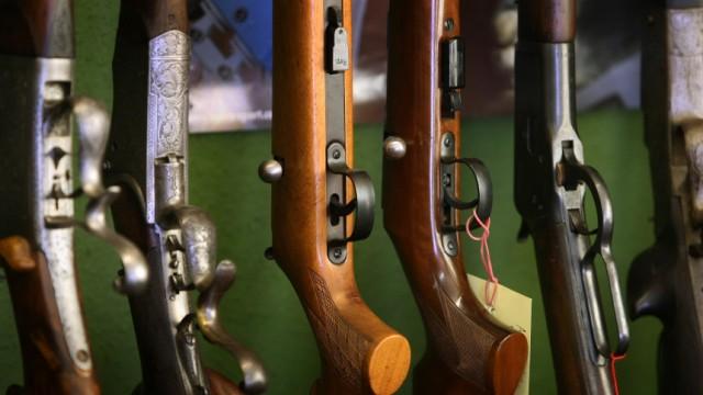 Illustration zu Waffensteuer
