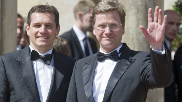 Guido Westerwelle, Michael Mrons