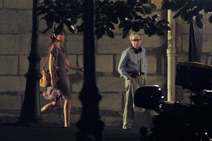 Dreharbeiten 'Midnight in Paris'  mit Carla Bruni-Sarkozy