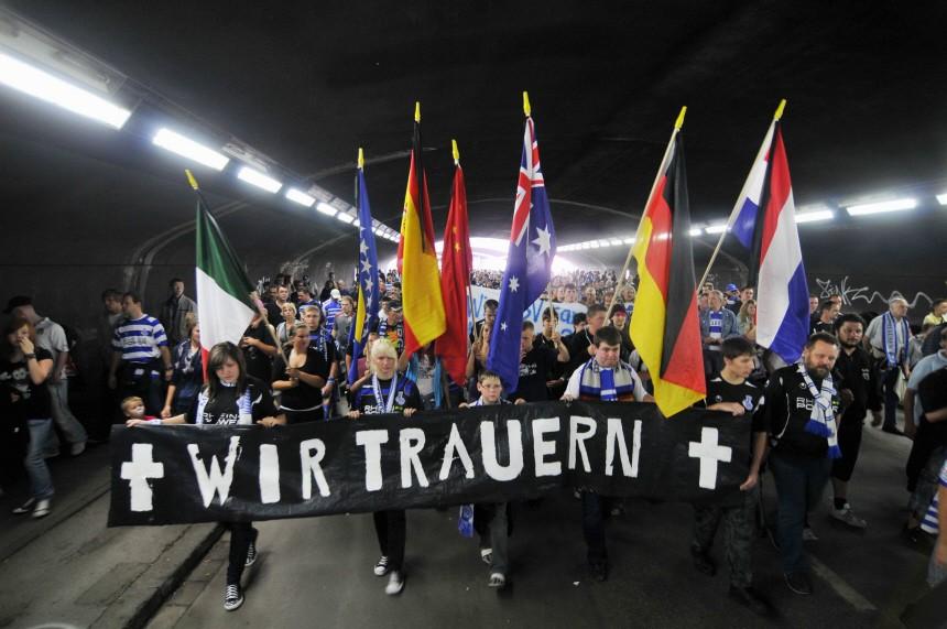 Trauermarsch durch Duisburg, ddp