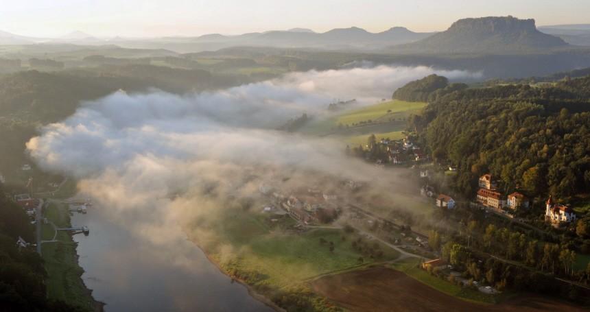 Herbstlicher Nebel in der Sächsischen Schweiz