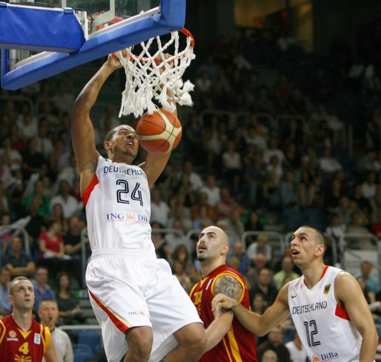 Elias Harris Basketball Supercup - Deutschland - Mazedonien