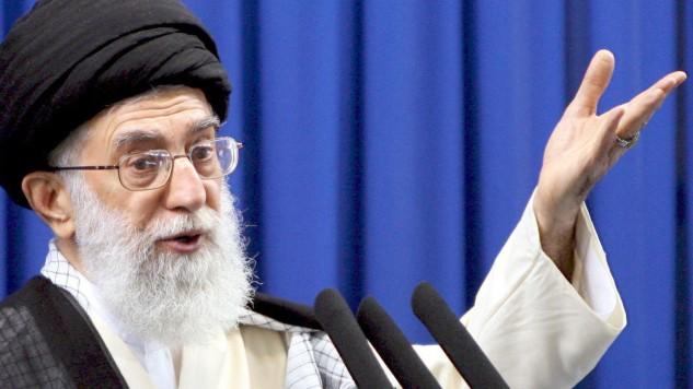 Chamenei ruft zur Einhaltung der Gesetze auf