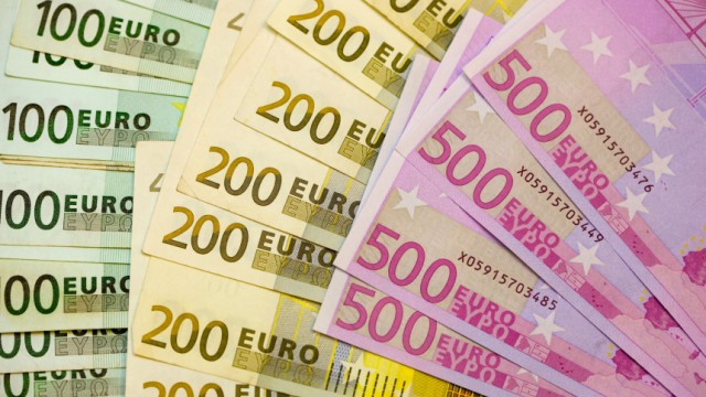 Politiker fordern auch Spenden von deutschen Superreichen