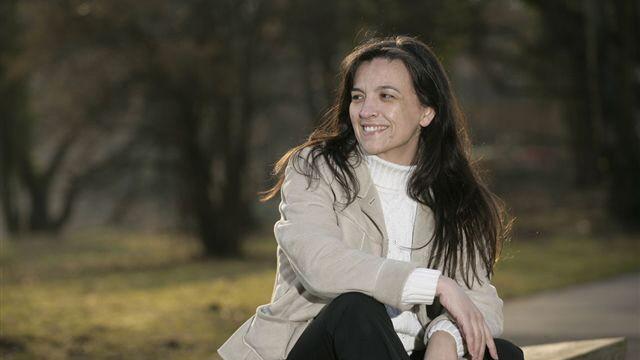 """Flugverkehr: Gift in der Kabinenluft?: """"Die Ärzte dachten, ich überlebe das nicht"""": die frühere Chefstewardess Aida Infante."""