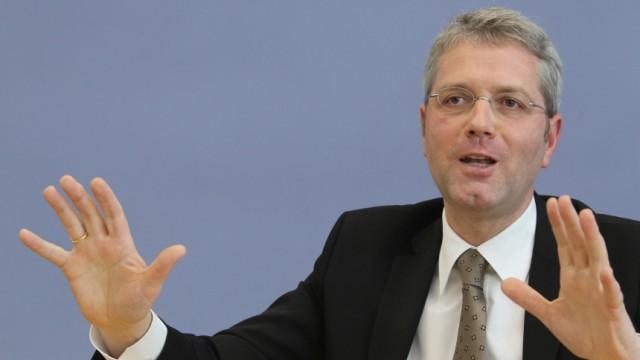 Pressekonferenz Röttgen