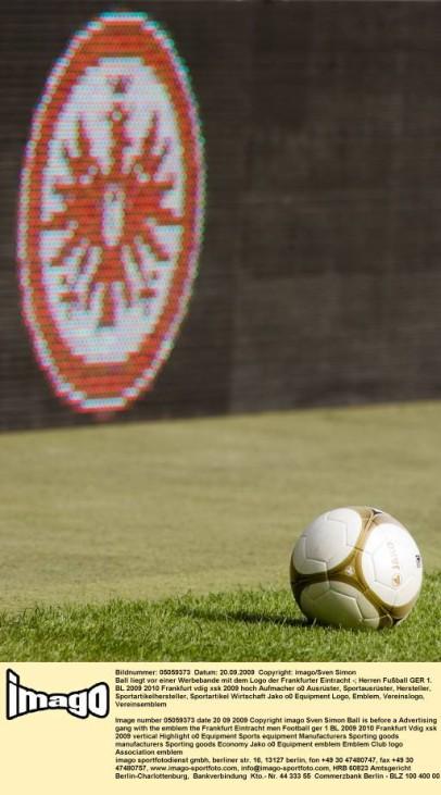 Spielball Eintracht Frankfurt 2009