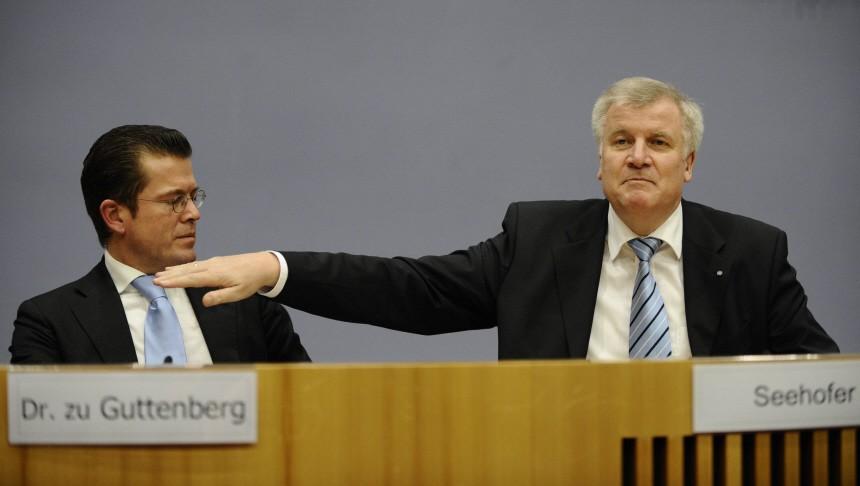 Seehofer pfeift Guttenberg in Wehrpflicht-Debatte zurueck